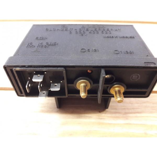 alfa 33 70 90 164 chrysler voyager temporisateur relais boitier de pr chauffage bosch. Black Bedroom Furniture Sets. Home Design Ideas